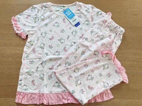 キティちゃんのパジャマ